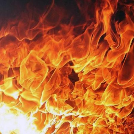 В Красной Реке при пожаре погиб человек